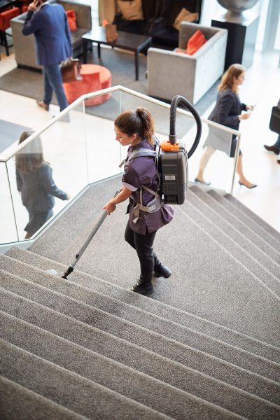 This image has an empty alt attribute; its file name is SHOT_21_CARPET_VACUUM_CLEANING2138-400x600.jpg